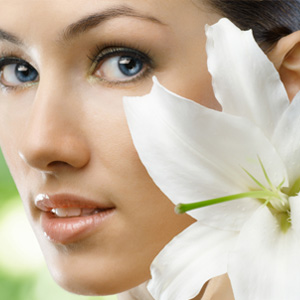 https://rosoliver.com/wp-content/uploads/2021/03/linea-cosmetica-naturale-viso-malo.jpg